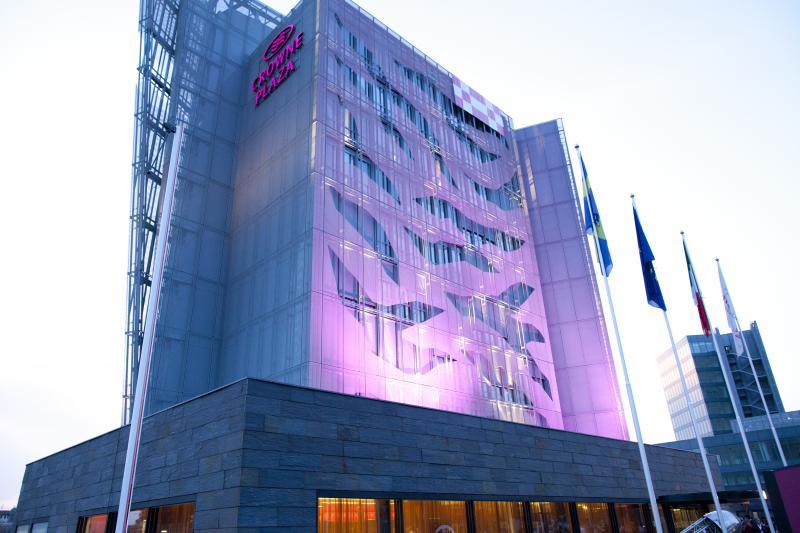 Crowne Plaaza Hotel (VR)